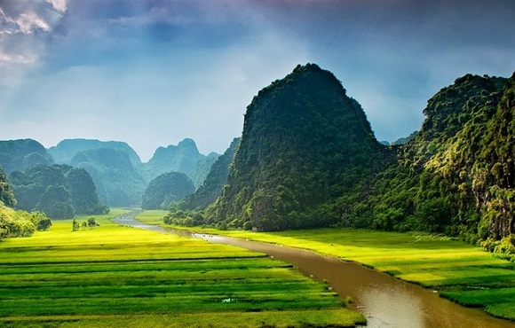 Trang-An-UNESCO-world-he